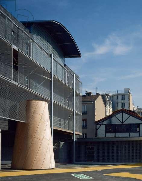 Primary school, 50 rue Gutenberg, Paris 15. Architect Patrice Mottini, 1992.