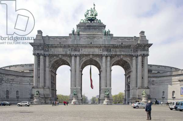 The Arcade du Cinquantenaire in Brussels, Belgium. For the fiftieth anniversary of the kingdom, Leopold II (1835-1909) decided to raise a prestigious momument to commemorate the event, architect Charles Girault (1851-1932), 1880. Photography 15/04/06.