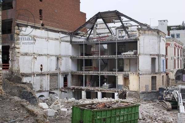 Demolition of the furniture guard Odoul, Rue de l'Atlas, Paris 19th, 2005.