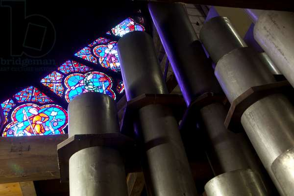 The interior of the organ, during its refurbishment, Notre Dame de Paris Cathedral, Paris, France, 2014 (photo)