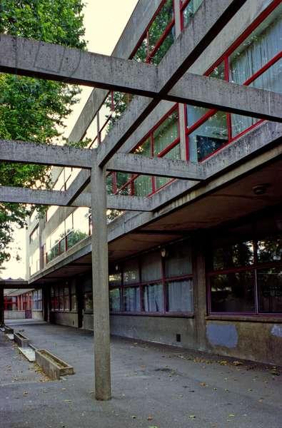 Karl Marx school group in Villejuif (Val de Marne). Construction 1933, architect Andre Lurcat (1894-1970).
