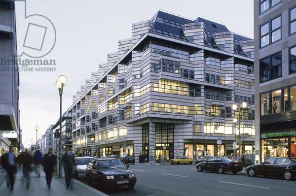 Friedrichstrasse to Berlin (Germany). Architects Henry Cobb and Ieoh Ming Pei. Photography 26/10/99.