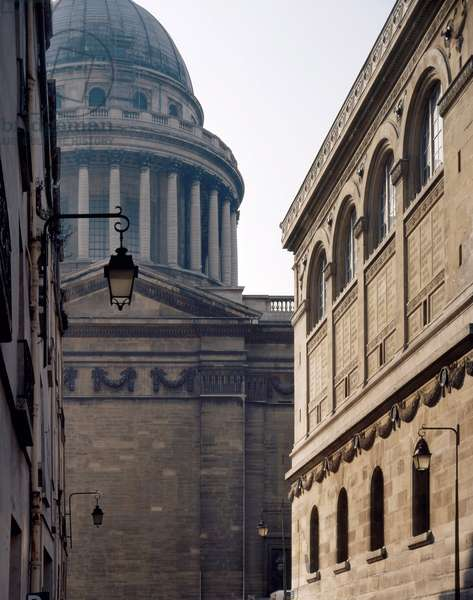 The Bibliotheque Sainte-Genevieve (Sainte Genevieve) with a view of the Pantheon, Paris 75005. Architecture by Henri Labrouste and Jacques-Germain Soufflot