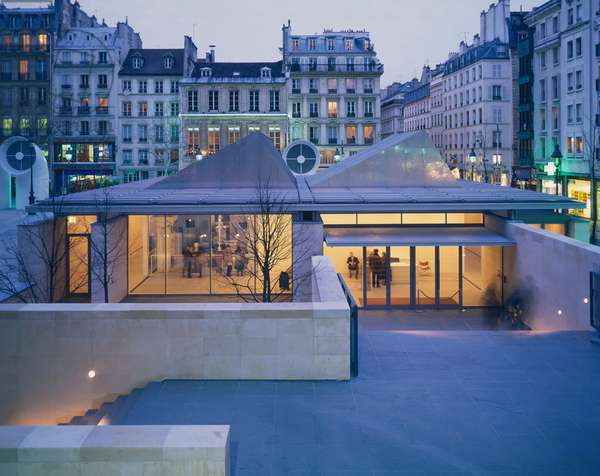 Reconstruction of Constantin Brancusi workshop, Place Georges Pompidou in Paris 75004, realized from 1991 to 1996 by architect Renzo Piano. Photography 07/03/97.
