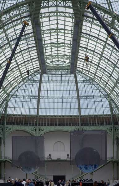 The nave of the Grand Palais, avenue Winston Churchill in Paris 75008. Architect Charles Girault (1857-1932), 1900. photography 17/09/05.