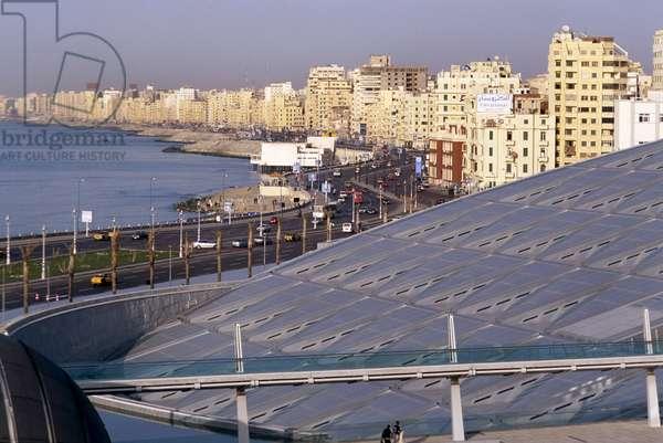 The Library of Alexandria in Egypt (Bibliotheca Alexandrina), Architect Snohetta, 2002.
