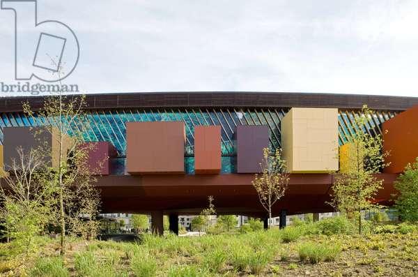 The Musee des Arts Premiers, 55 quai Branly, Paris 75007. Architect Jean Nouvel, 2006.
