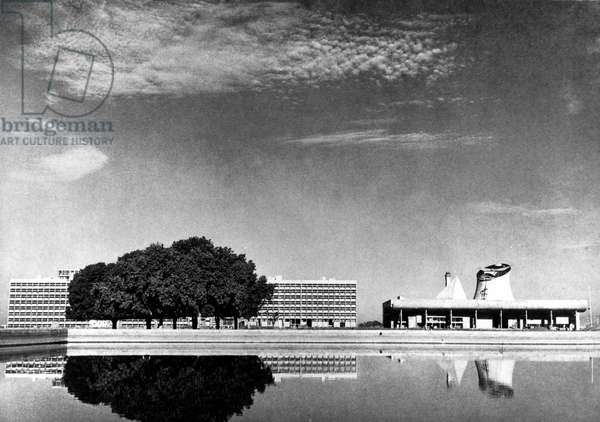 The Assembly's Palace and the Secretariat in Chandigarh, India. Architect Le Corbusier (1887-1965), 1962. Photography 20/10/55.