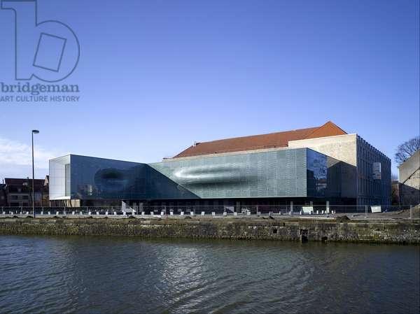 La Cité internationale de la lace et de la fashion, 135 Quai du Commerce in Calais (Pas de Calais). Architects Alain Moatti and Henri Riviere, 2009. Photography 01/03/09.