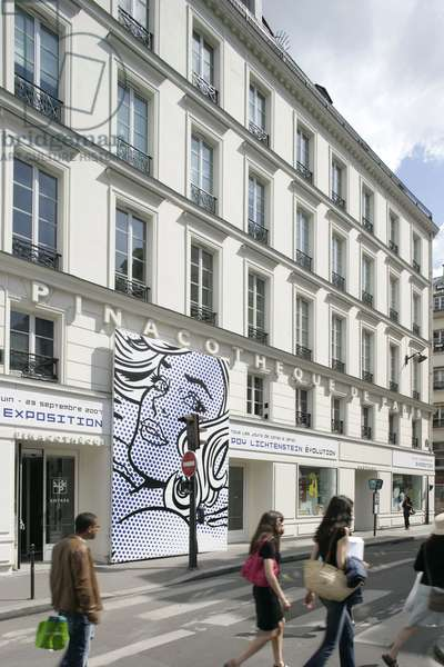 La pinacotheque de Paris, 28 place de la Madeleine Paris 8th arrondissement. Poster of the exhibition Roy Lichtenstein. Photography 21/08/07.