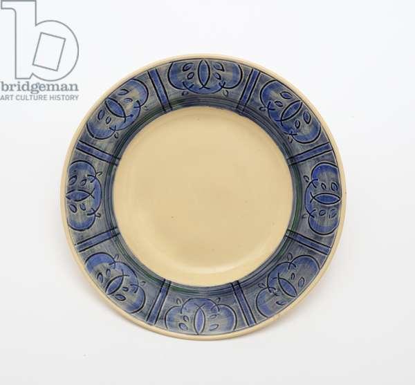 Plate (glazed earthenware)