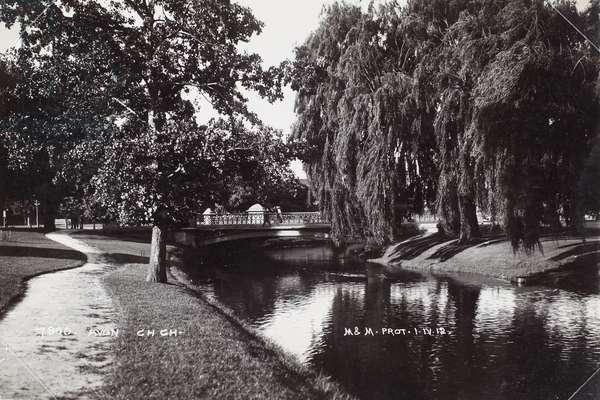 Avon, Christchurch, 1912 (b/w photo)