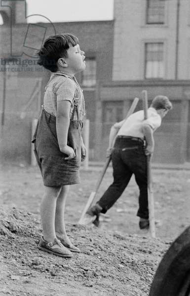 Lollard Adventure Playground, Lambeth, South London, UK, 1955 (b/w photo)