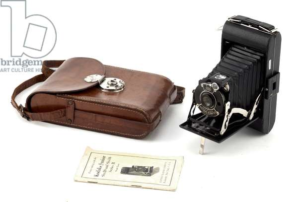 Camera, Eastman Kodak Company, c.1950 (metal, leather & glass)