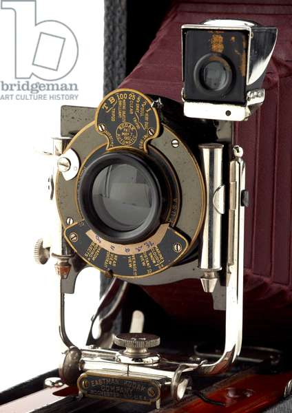 Camera, Eastman Kodak Company, 1911 (wood, metal, leather & glass)