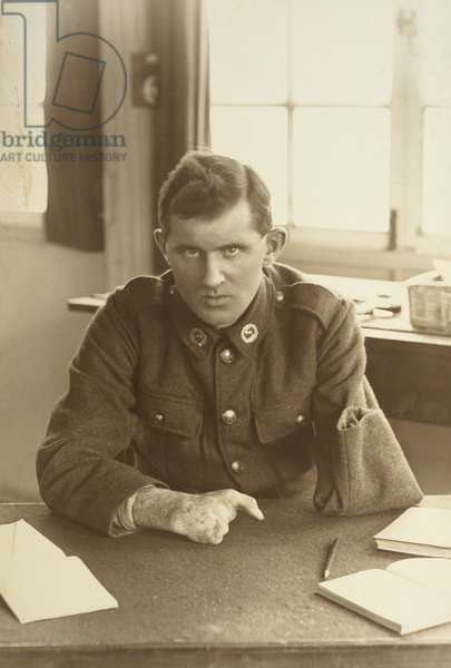 Portrait of a returned WWI serviceman of the First New Zealand Expeditionary Force, Weybridge, England, c.1917-19 (gelatin silver print)