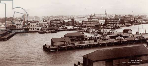 Auckland, 1903 (albumen silver print)