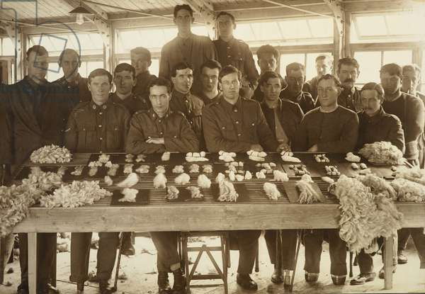 Returned WWI servicemen of the First New Zealand Expeditionary Force, Weybridge, England, c.1917-19 (gelatin silver print)