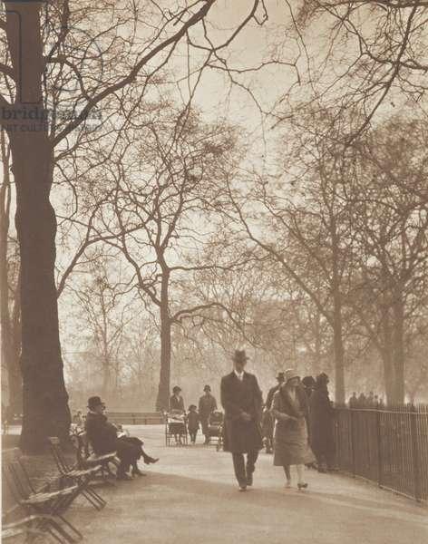 St James's Park, London, 1920s (b/w photo)