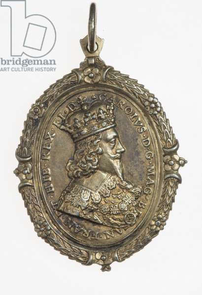 Charles I and Henrietta Maria supporter's badge, c.1649 (silver gilt)