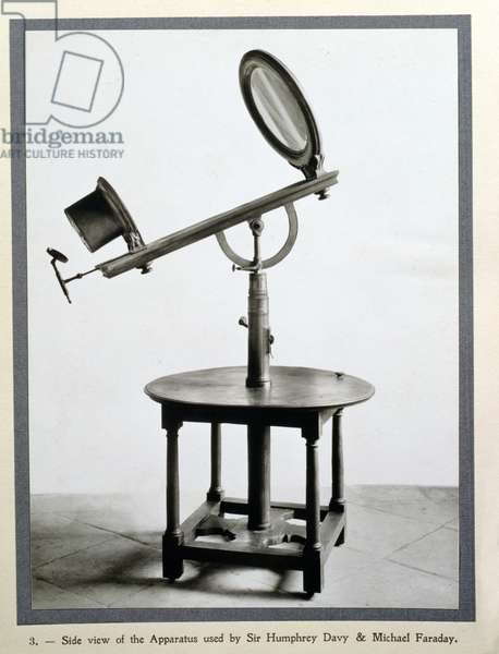 The apparatus used by Sir Humphry Davy and Michael Faraday to combust diamond in Florence in 1814 (photo)