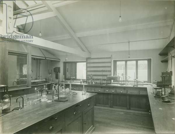 Davy Faraday Laboratory, New Laboratory, illustration from 'Reconstruction of the Royal Institution, Photographs', 1931 (b/w photo)