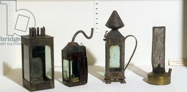 Prototype miners' safety lamps, 1815 (photo)