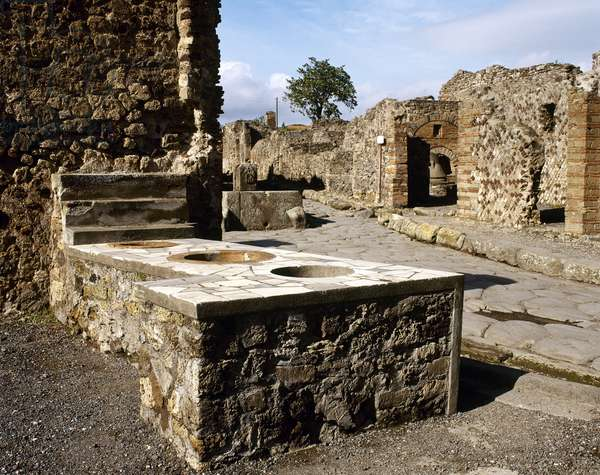 Italy, Pompeii, Thermpolium on Via Consolare, Campania