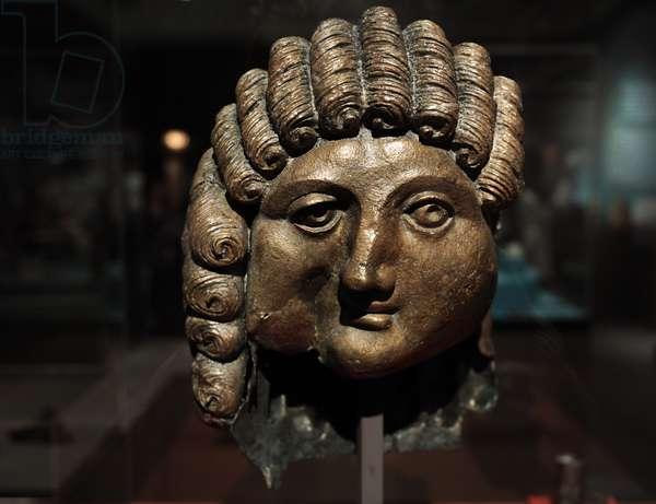 Arabic peninsula. Pre-Islam. Head of a man. 1st century BC-2nd century AD. Cast bronze. Qaryat al-Faw.