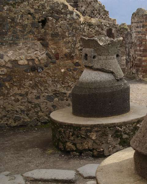 Pistrium, Old-mill of grain, Pompeii, Naples, Campania, Italy