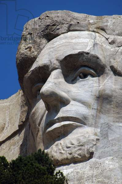 United States. Mount Rushmore National Memorial. Head of the United States's president  carved into Mount Rushmore. Abraham Lincoln (1809-1865). By Gutzon and Lincoln Borglum, 1927-1941. Keystone.