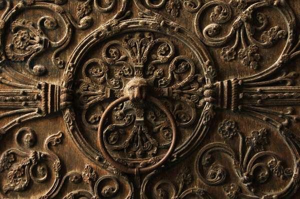 France. Paris. Notre Dame. Door knocker. Detail.
