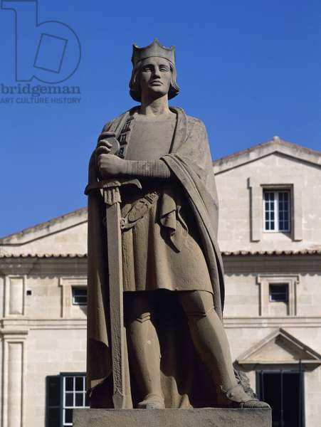 Statue of King Alfonso III of Aragon  (1265-1291) called The Liberal, Menorca, Spain  (photo)