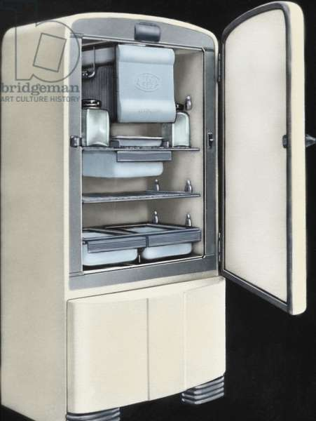 First electric refrigerator produced in Spain by AEESA brand (Anglo-Espanola de Electricidad SA). 50's. Colored.