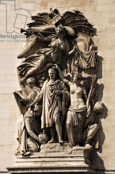 """France. Paris. Arc de Triomphe. """"Le Triomphe"""" by Jean-Pierre Cortot. This group features Napoleon, crowned by the goddess of Victory, 1810."""