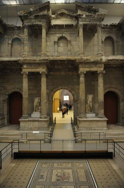 Market Gate of Miletus. 120 BC. Access to the south market of the city. Facade.