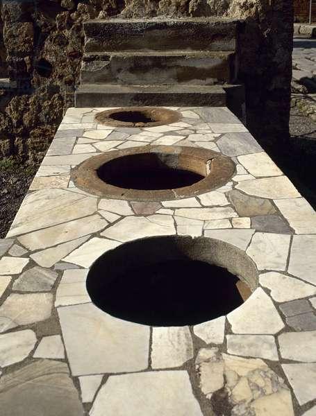 Italy, Pompeii, Marble covered counter Thermopolium