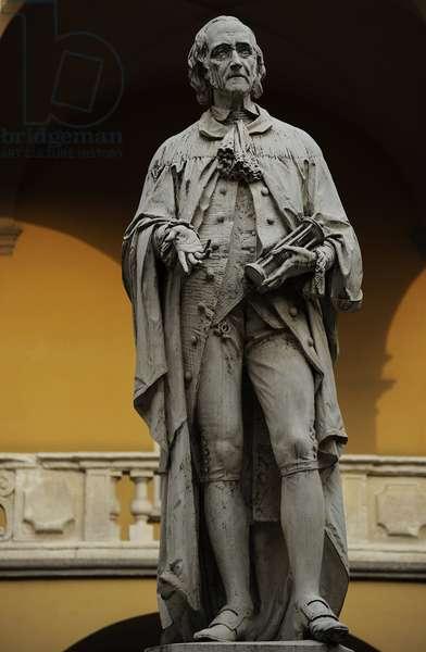 Alessandro Giuseppe Antonio Anastasio Volta (1745-1827). Italian physicist. Statue. University of Pavia. Italy.