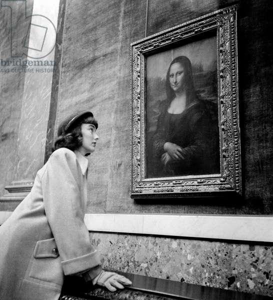 An American at The Louvre, 1948-49 (b/w photo)