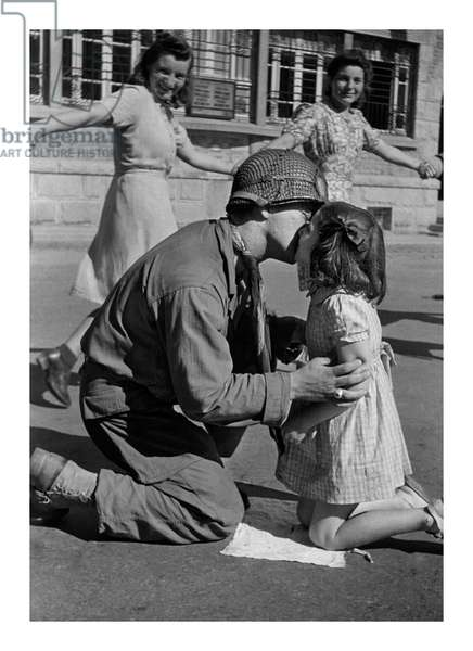 Kiss of Liberation, 1944 (b/w photo)