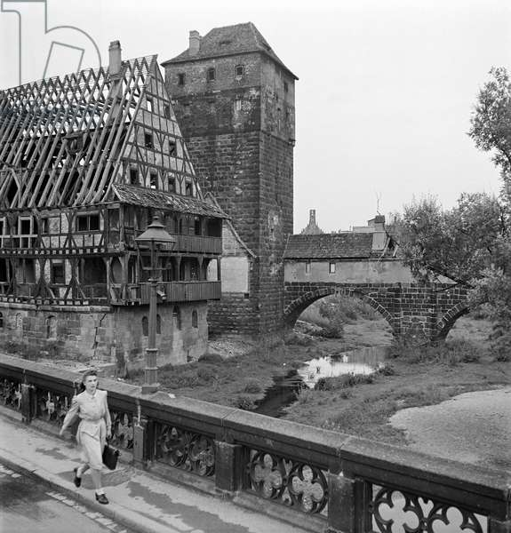 A street in Nuremberg during the reconstruction of Europe, 1948-49 (b/w photo)