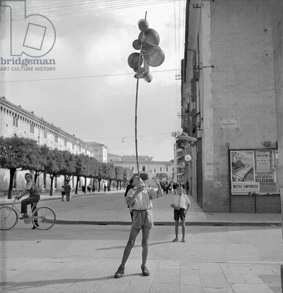 Balancing Balloons, 1948 (b/w photo)