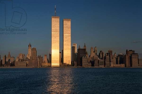 Twin Towers, 1979 (photo)