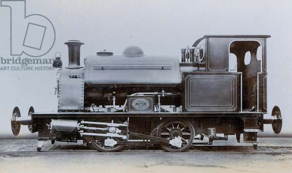 An image of a saddle tank engine, one of two ordered for the South Metropolitan Gas Company, London in May 1909 (photo)