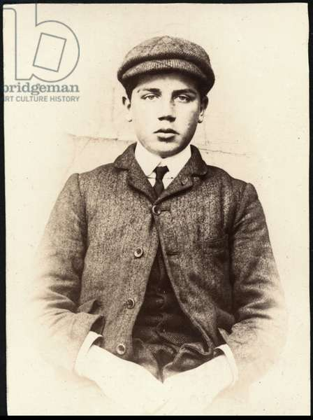 George Herbert Morton alias Robinson, plater's marker, arrested for theft, North Shields, UK, 1906 (b/w photo)