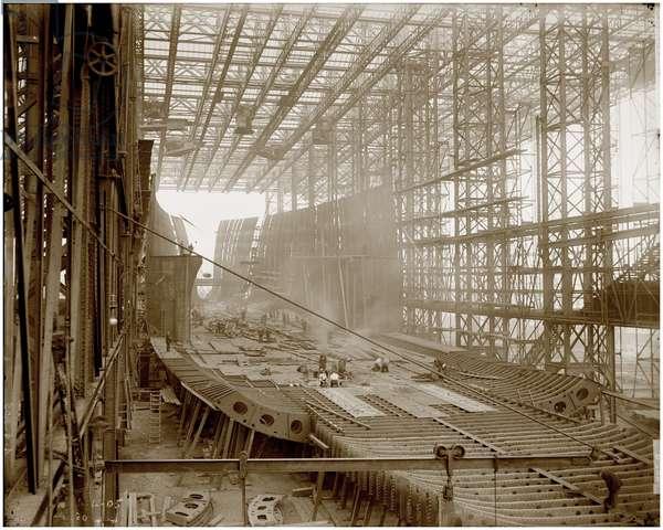H.M.S. Mauretania, c.1906 (b/w photo)