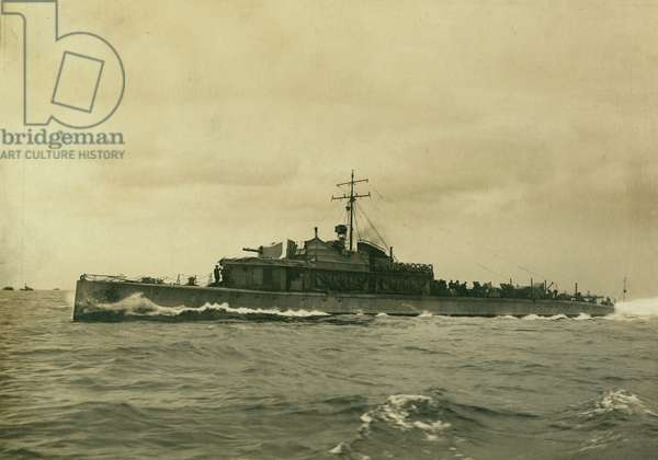 First World War Patrol boat on sea trials, South Shields, UK, 1916 (b/w photo)