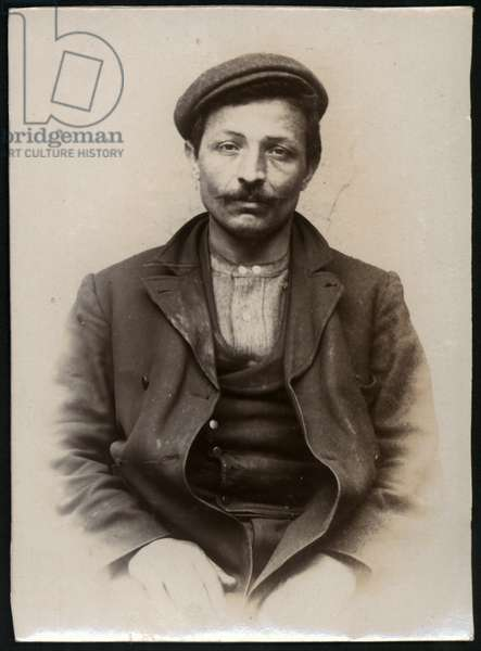 Angelo Reciti, Italian shoemaker, arrested for threatening his wife, North Shields, UK, 1905 (b/w photo)