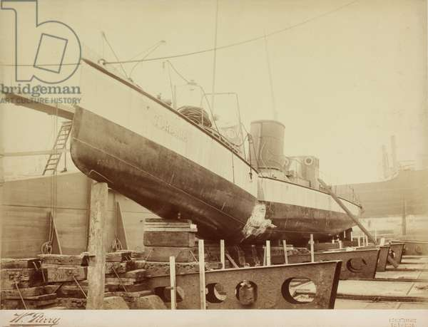 Turbinia in the dock showing damage to her hull, 1907 (b/w photo)