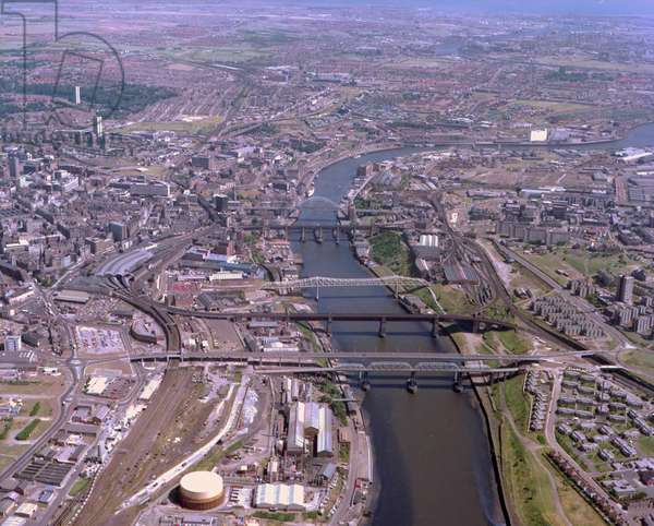 Aerial view of the River Tyne, Newcastle upon Tyne, UK, 1983 (photo)